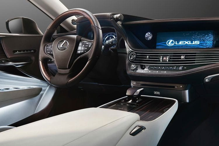Lexus LS 500 Saloon 4wd 3.5 h V6 359PS LS 4Dr E-CVT [Start Stop] [Premium] inside view